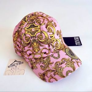 ⭕️ VERSACE JEANS Cap Hat Pink Gold